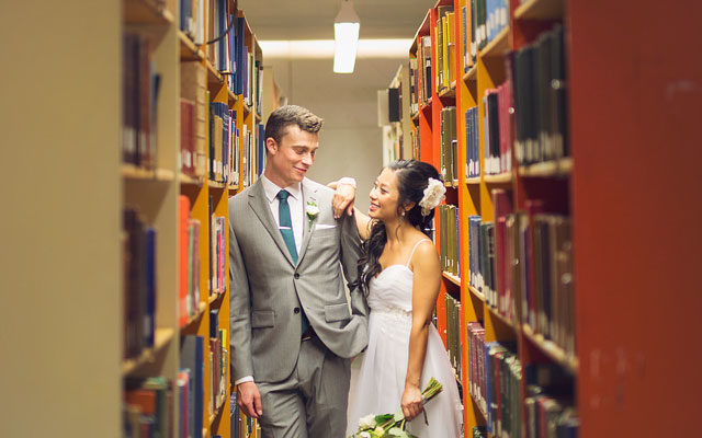 Wedding photography in the University of Guelph library