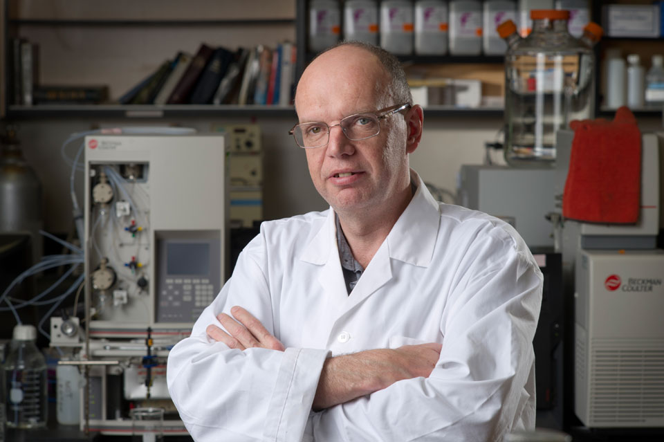 University of Guelph food science professor Keith Warriner discusses best before dates