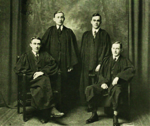 Walter Iveson (front right) with the College Quartet, 1918.